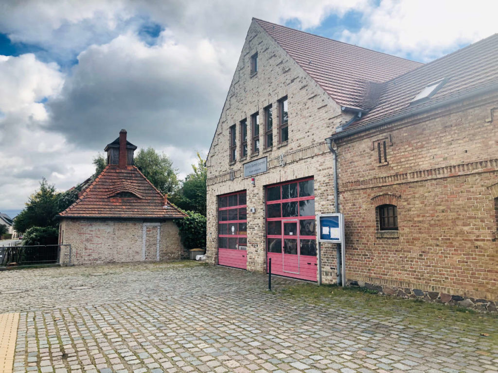 Makler Langerwisch: Gebäude der Freiwilligen Feuerwehr