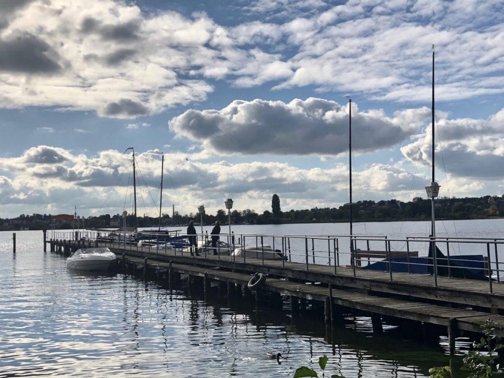 Makler Wildpark-West: Hafen mit Blick auf Werder