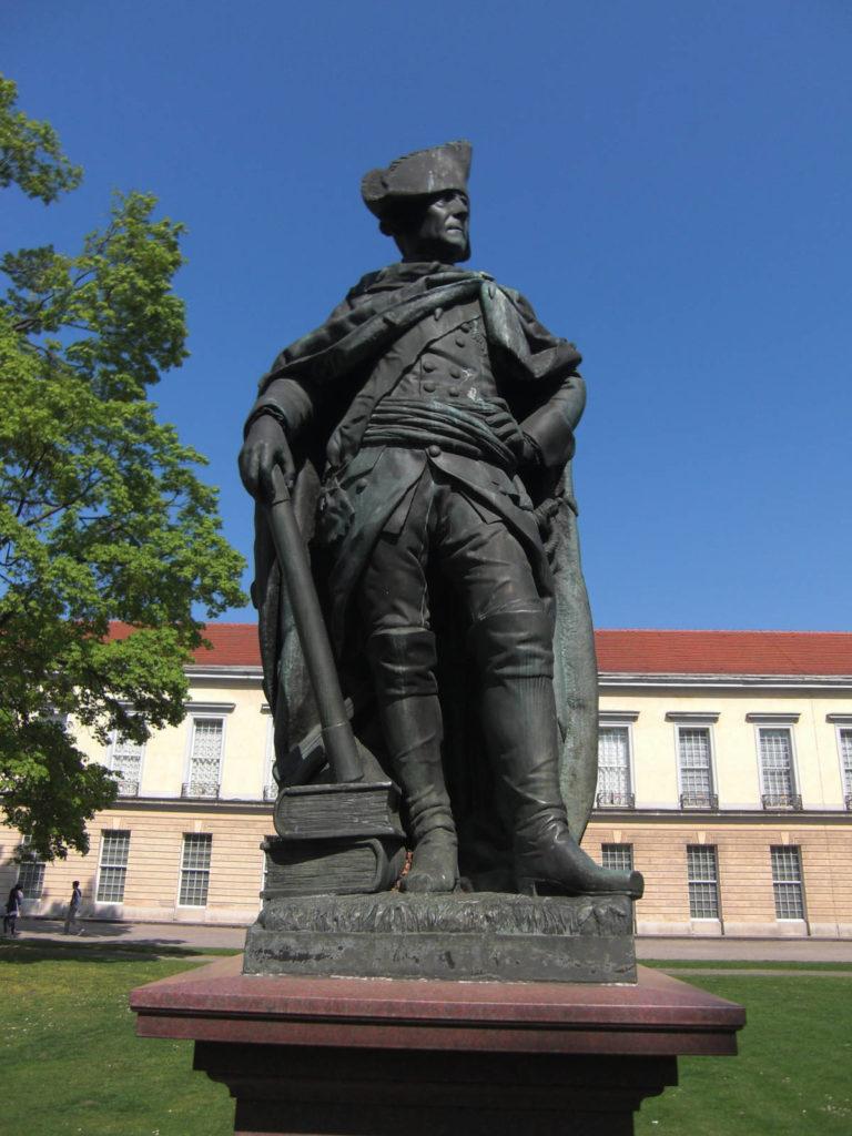 Makler Charlottenburg - Schloss Friedrich der Große