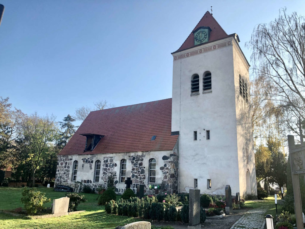 Makler Dallgow-Döberitz 14624: Kirche Johann-Sebastian-Bach-Strasse