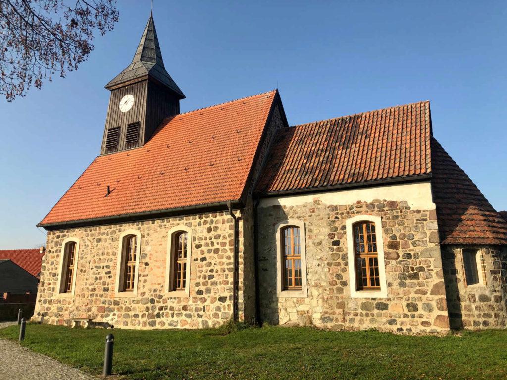 Makler Dallgow-Döberitz 14624: Seeburg Dorfkirche