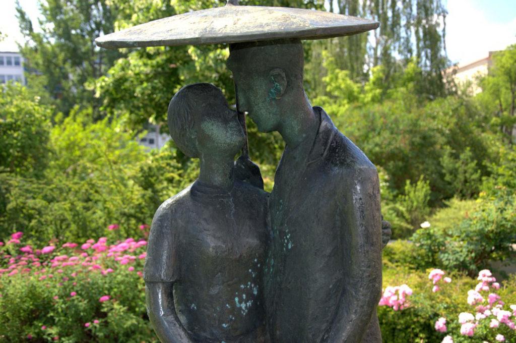 Makler Eisenhüttenstadt - Skulptur Stadtpark
