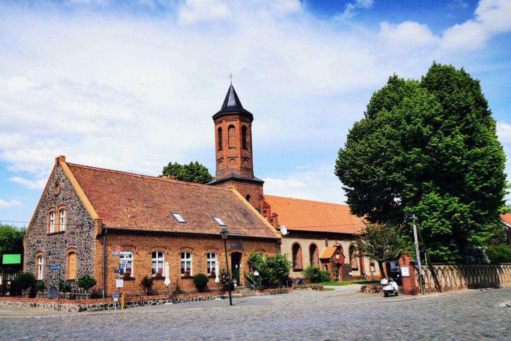 Immobilienmakler Dahme-Spreewald LDS: Fürstlich Drehna, Luckau-alte-dorfschule-kirche