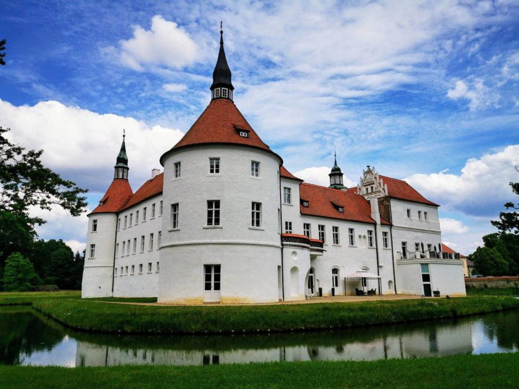 Immobilienmakler Dahme-Spreewald LDS: Fürstlich Drehna, Luckau Wasserschloss