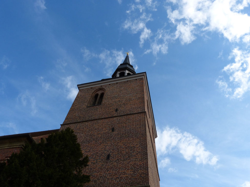 Makler Havelland: Kirchturm in Nauen