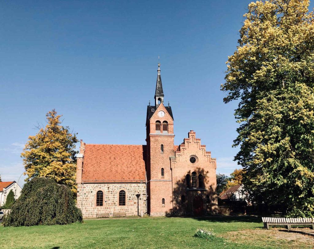 Makler Pankow: Kirche Französisch Buchholz
