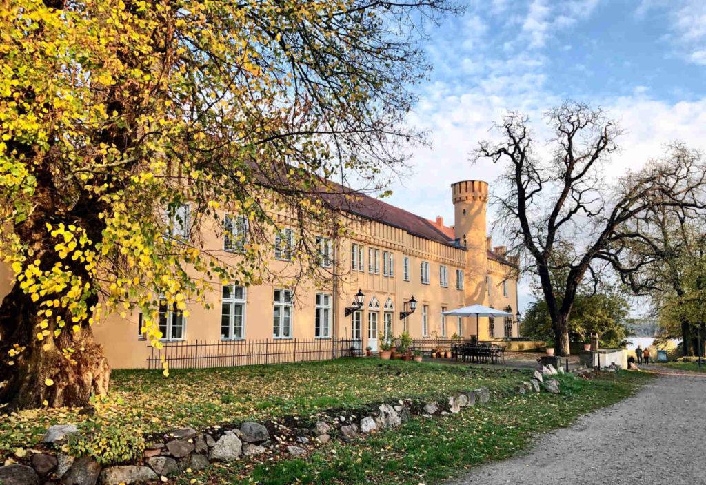 Makler Petzow - Schloss Petzow