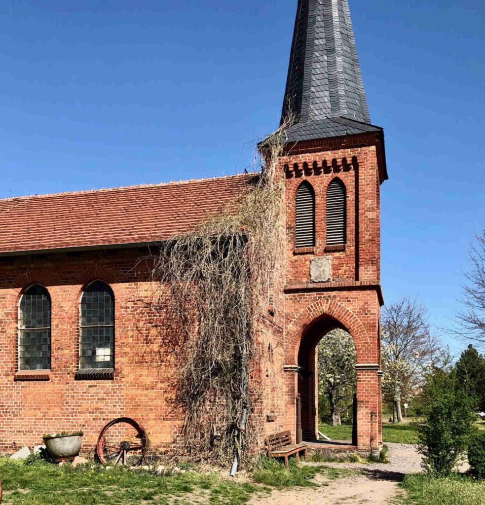 Makler Schlamau - Gut Schmerwitz Kirche