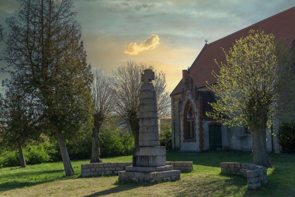 Makler Storkow 15859 - Dorfkirche