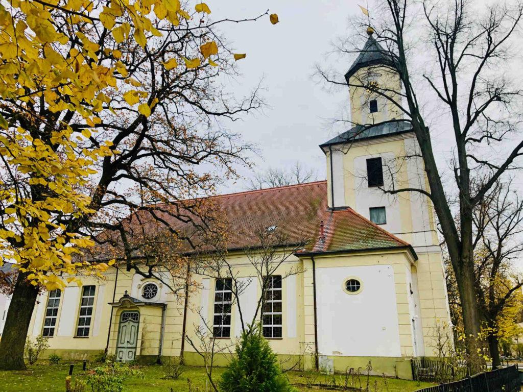Makler Velten: Kirche am Anger