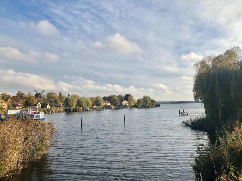 Makler Werder - Blieck auf die Marina Porta Sophia