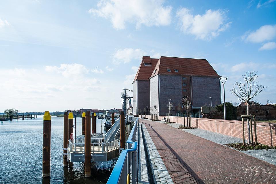 Makler Ostprignitz-Ruppin OPR - Der Hafen in Wittenberge an der Elbe