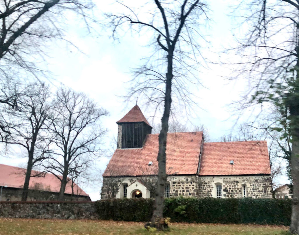 Makler deutsch wusterhausen: Dorfkirche