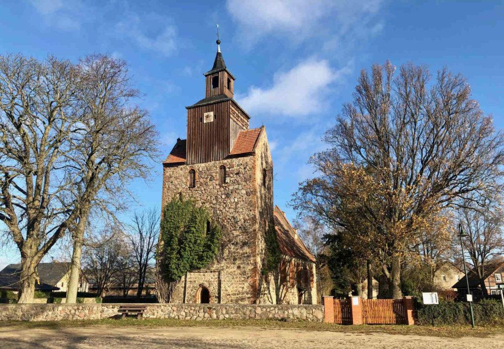 Immobilienmakler Falkenthal (Löwenberger Land): Kirche