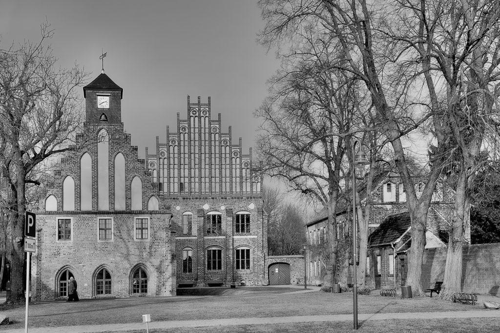 Makler Jüterbog: Kloster Zinna