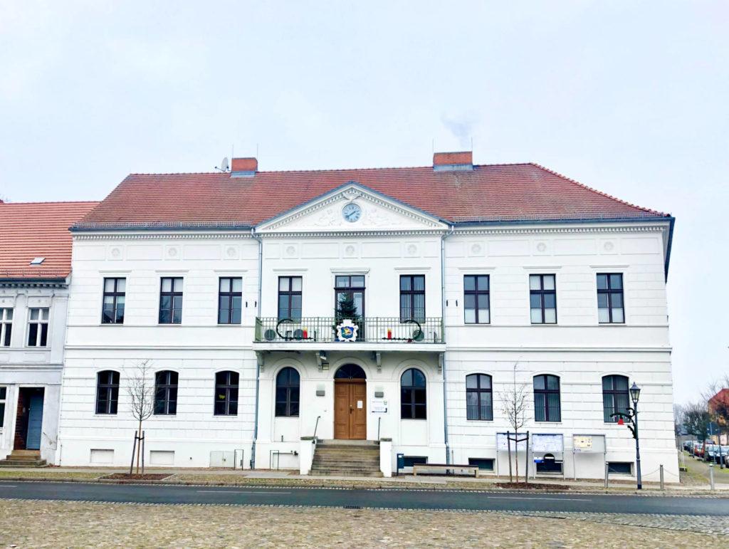 Immobilienmakler Kremmen: Rathaus am Marktplatz