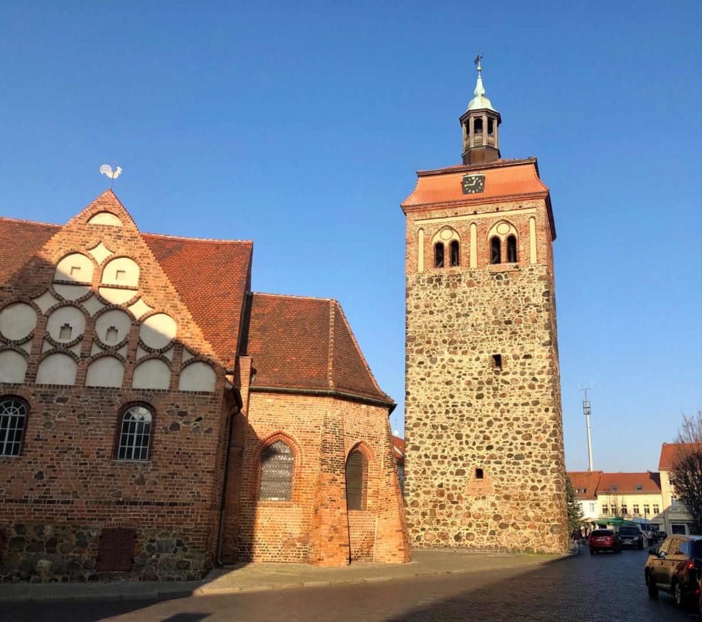 Immobilienmakler Luckenwalde - Johanniskirche Marktturm
