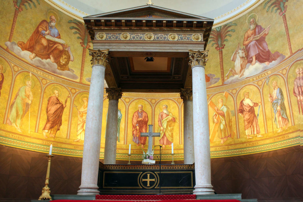 Makler Potsdam: Die Nikolaikirche