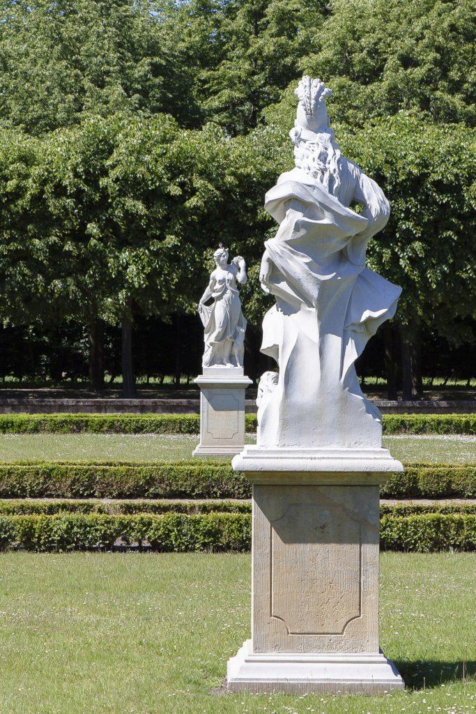 Makler Friedrichsfelde: Schlosspark