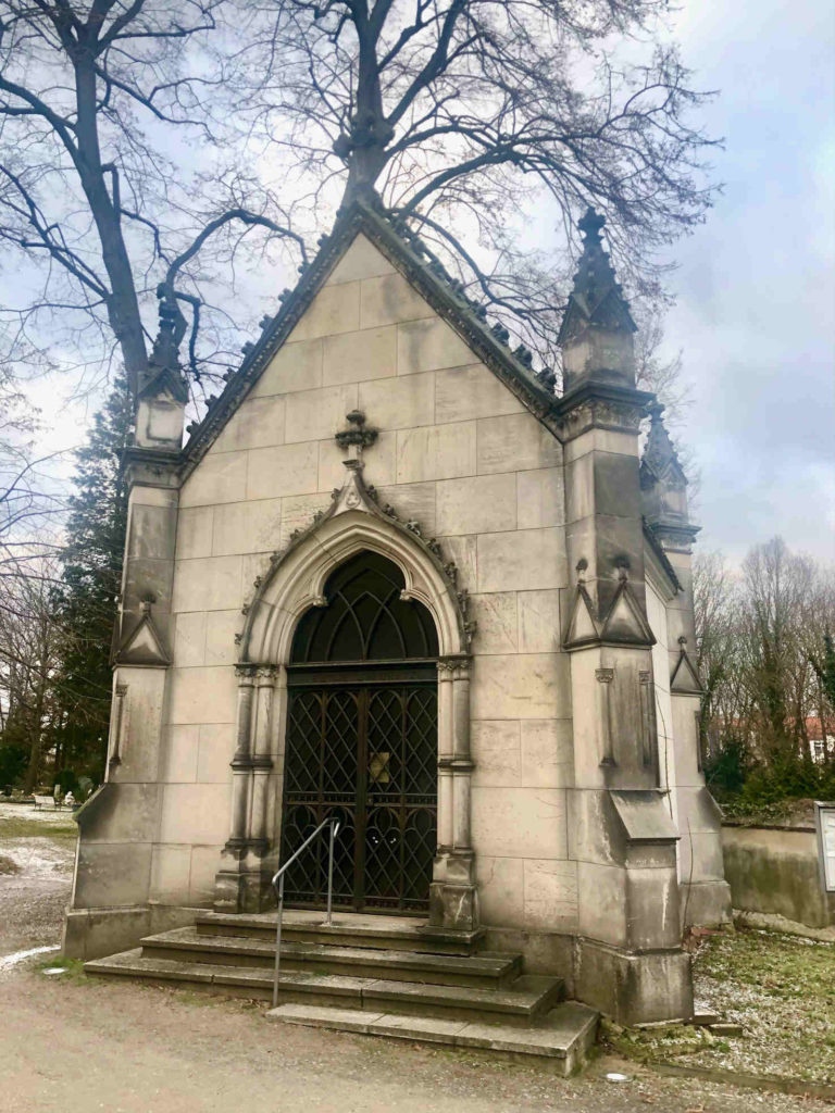 Makler Groß Glienicke - Kolumbarium Friedhof