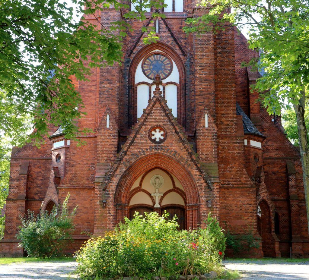 Makler Lichtenberg: Dorfkirche Rummelsburg