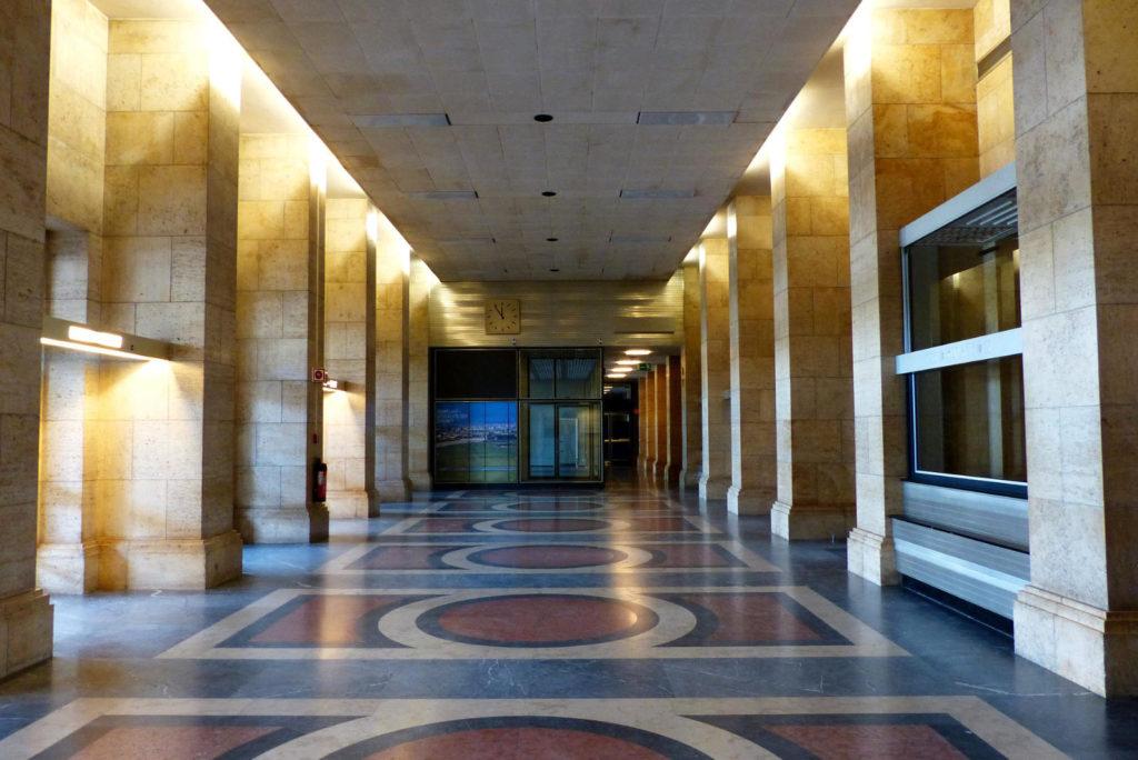 Makler Tempelhof: Flughafen Architektur