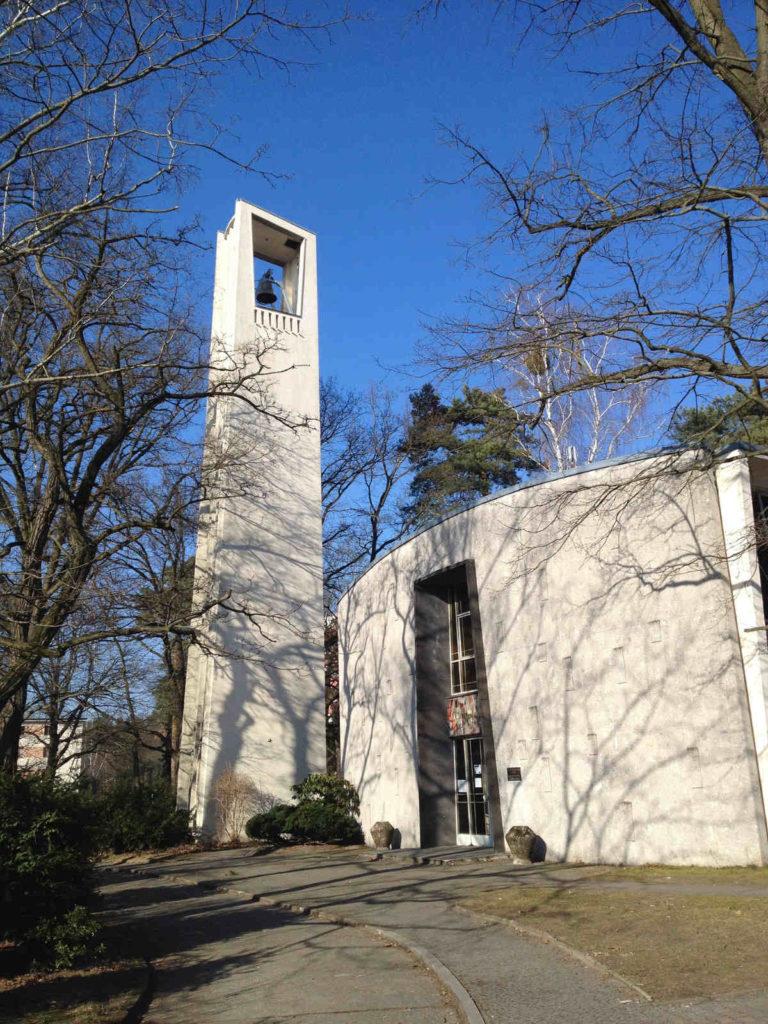 Makler Steglitz-Zehlendorf: Kirche in Dahlem