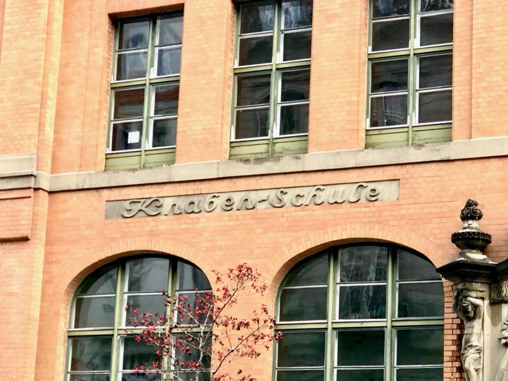 Makler Witzleben 14057: Knaben- und Mädchenschule