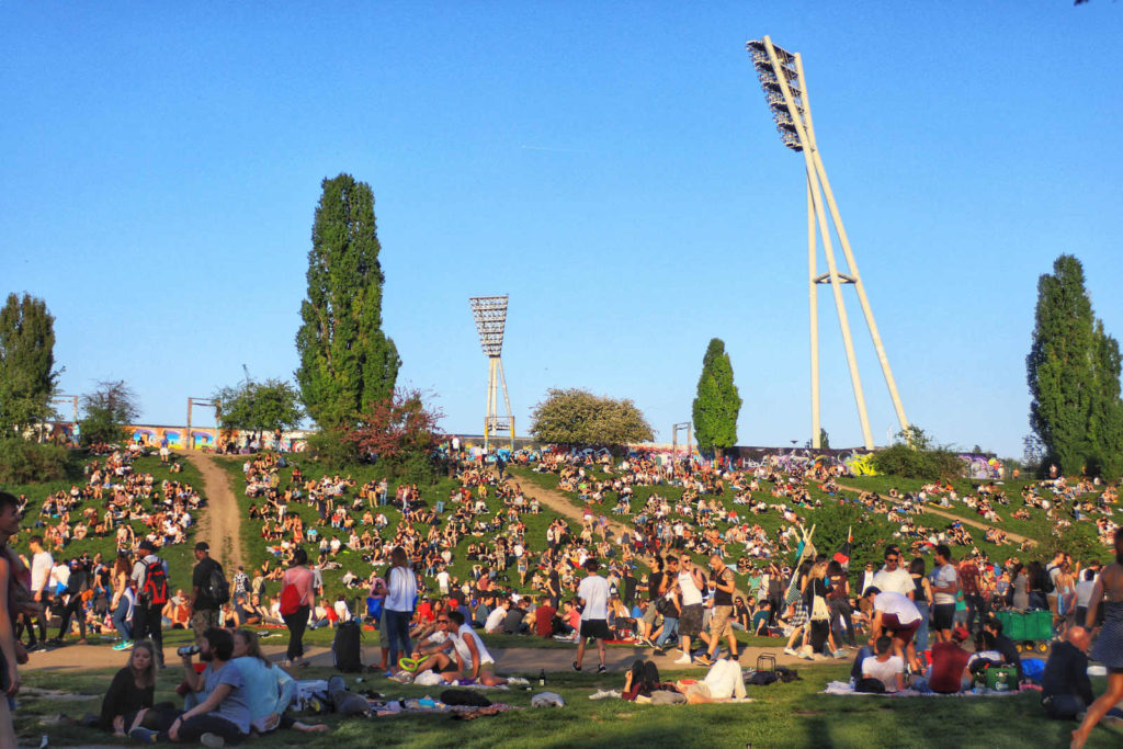 Makler im Gleimviertel: Mauerpark