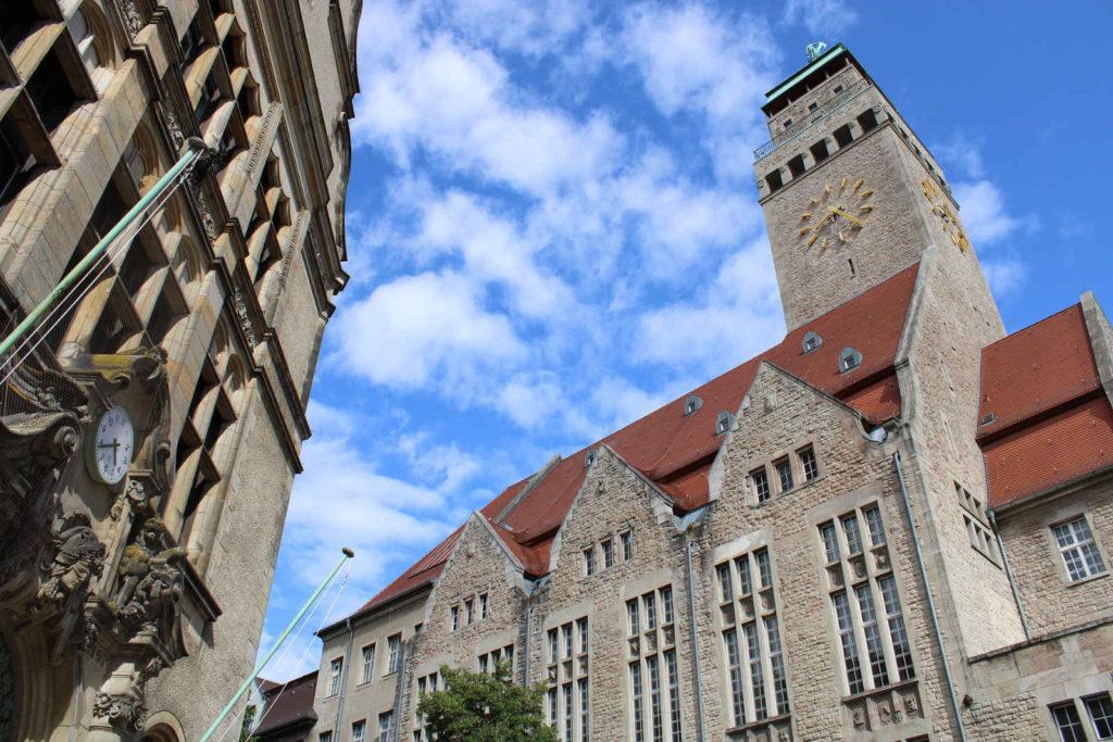 Makler Neukölln: Rathaus