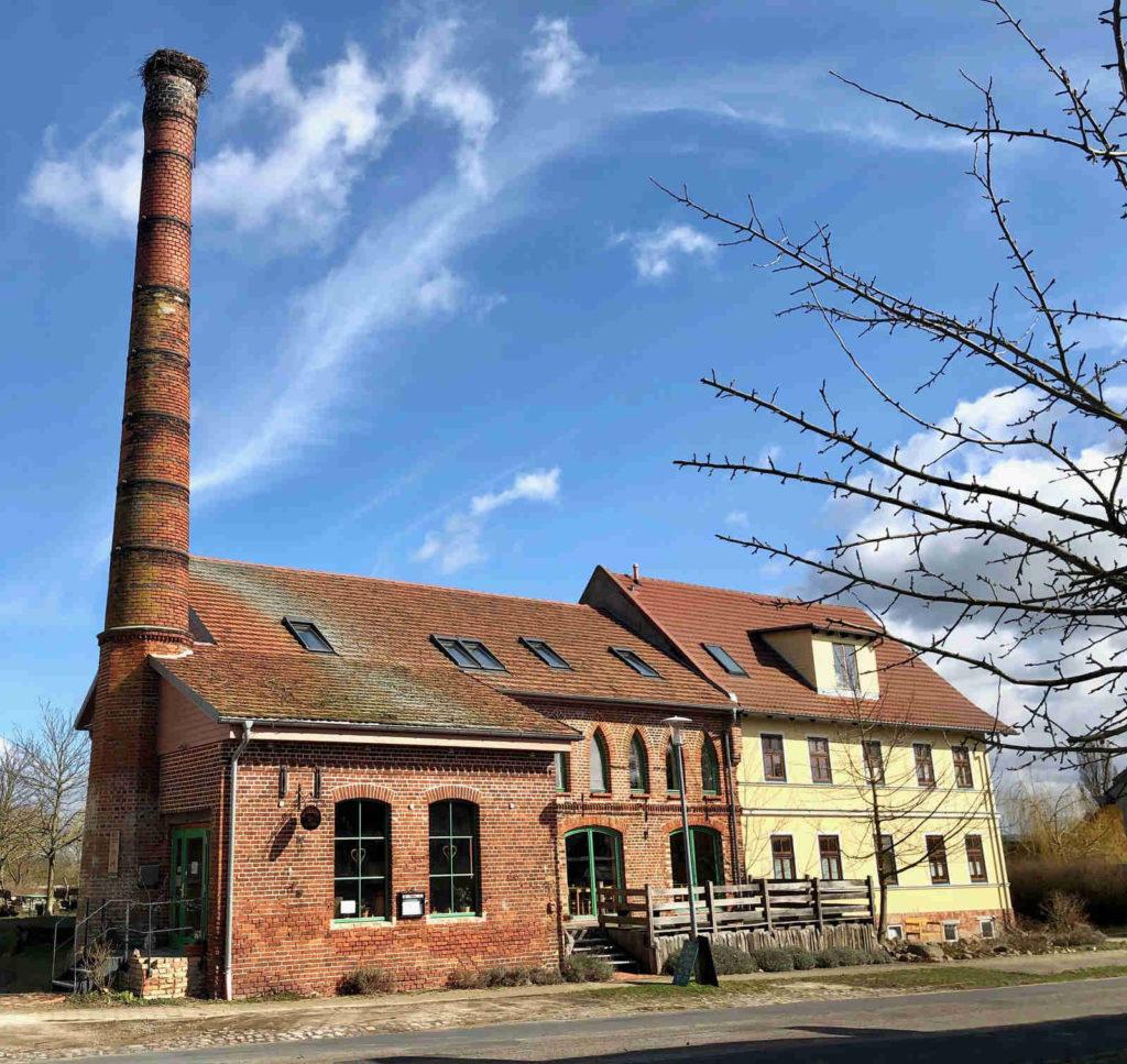 Makler Liepe: Alte Brennerei