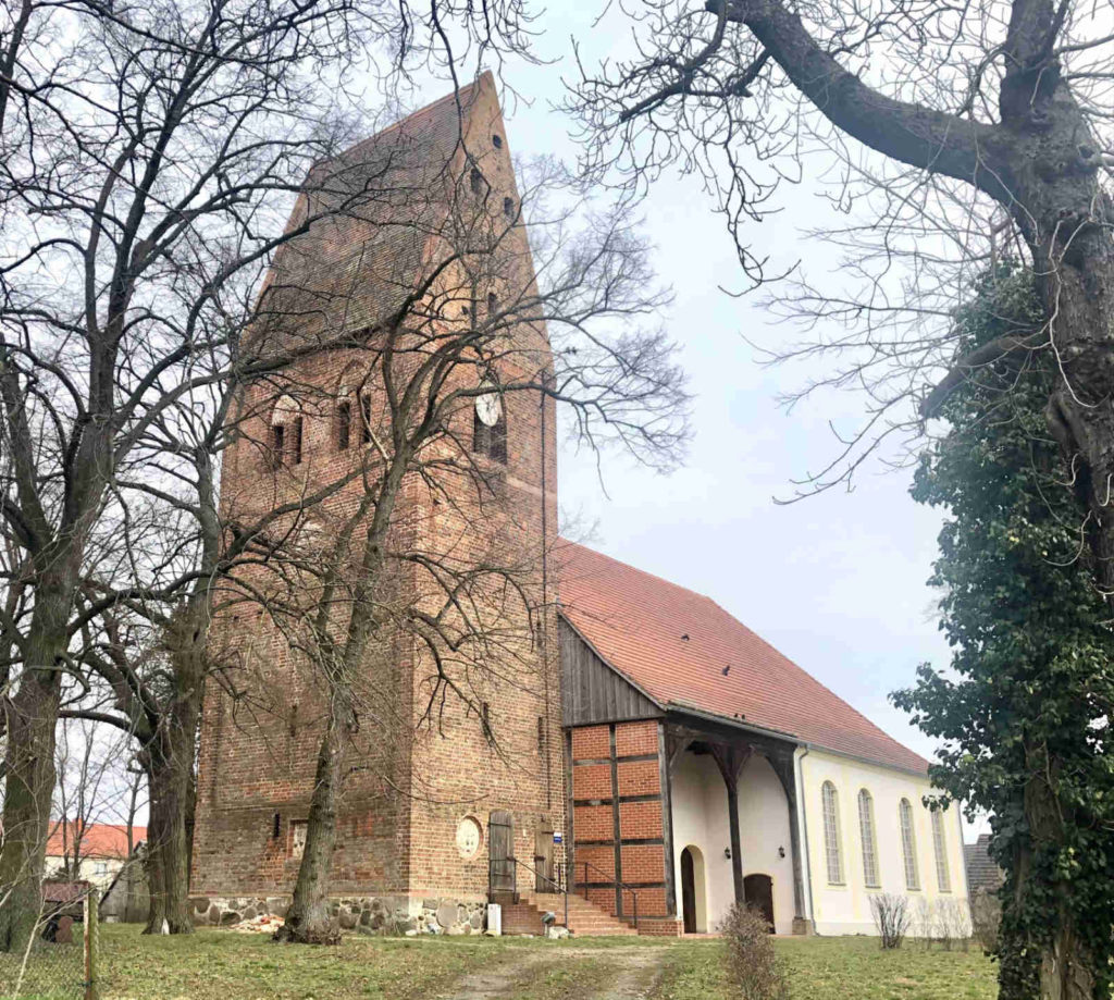 Makler Pessin - Kirche