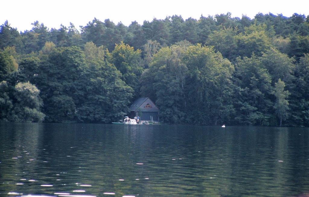 Immobilienmakler Neuglobsow: Institut für Gewässerökologie